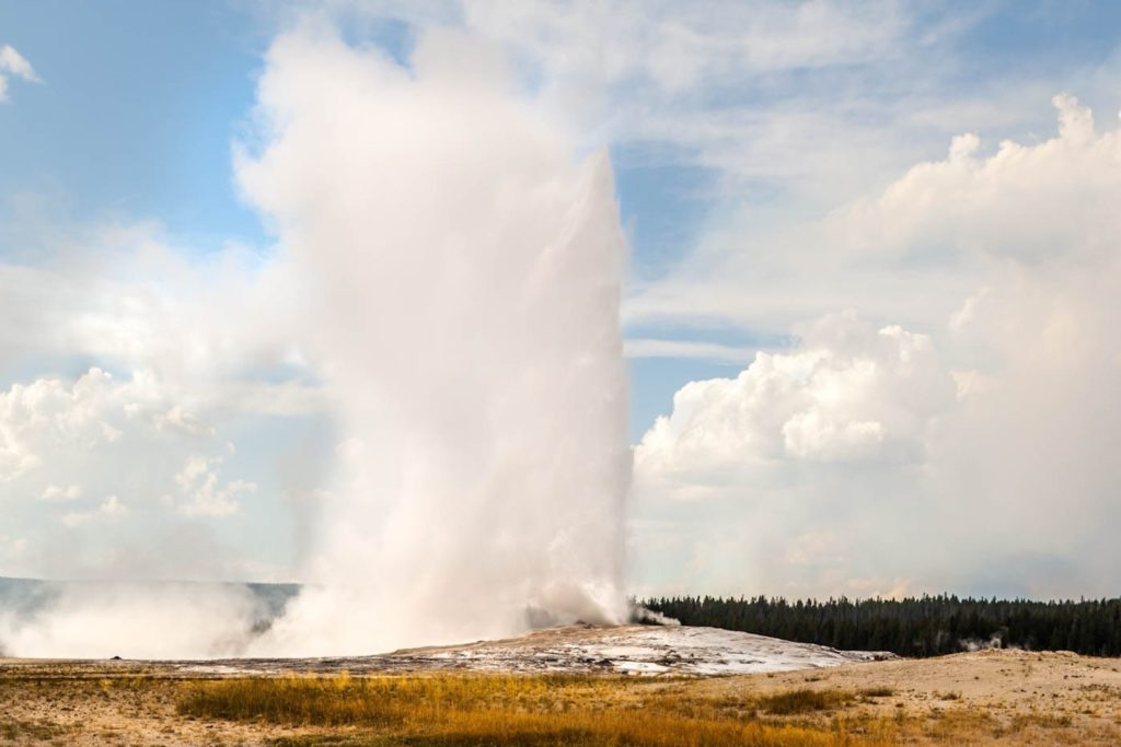 Old Faithful, Yellowstone National Park, Wyoming | Photo Credit:  Vezzani Photography